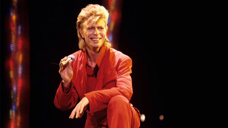 デヴィッド・ボウイの1987年の楽曲「ゼロ」が新バージョンで ...