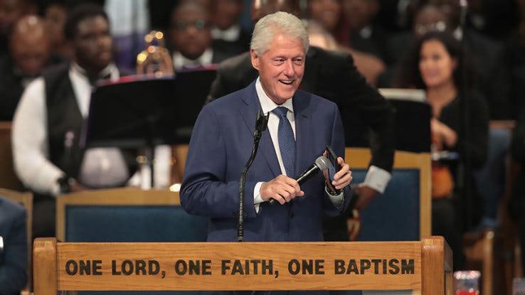 アレサ・フランクリン葬儀:ビル・クリントンが「世紀の歌声」に敬意を ...