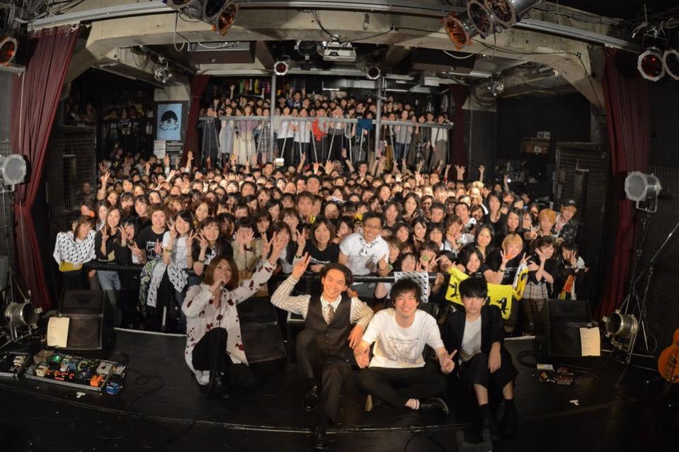 live_10